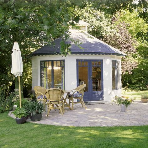 Garden sun houses uk arrow shed parts for Summer homes builder