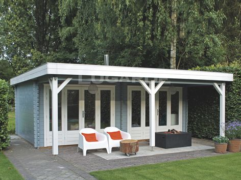 Lugarde flat roof log cabins