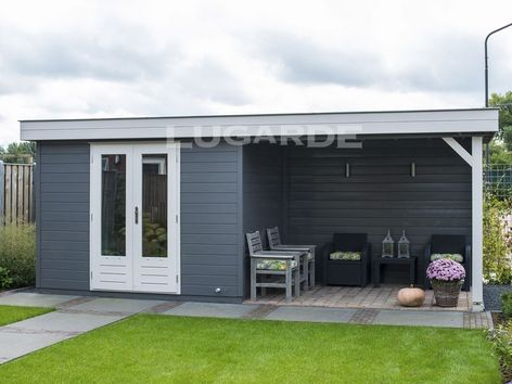 Lugarde Prima Tyler flat roof summerhouse with canopy